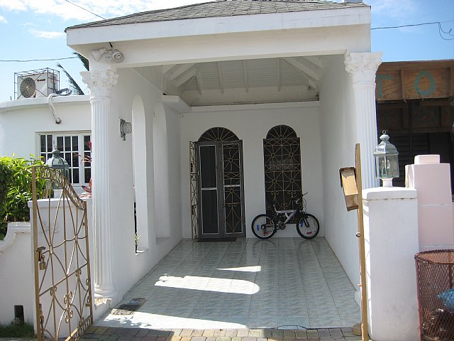 Townhouse For Sale In Sandown Park Greater Portmore St