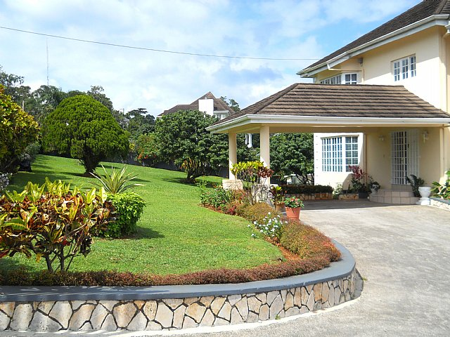 House For Sale In Ingleside  Manchester Jamaica