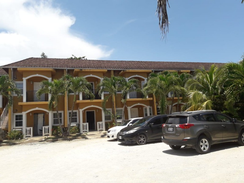 Townhouse For Rent in WEST END NEGRIL, Westmoreland ...
