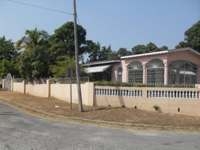 House For Sale In Patrick City Kingston St Andrew Jamaica Propertyadsja Com