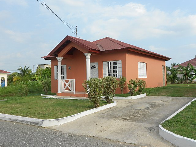 House For Rent In Morris Meadows Greater Portmore St Catherine Jamaica