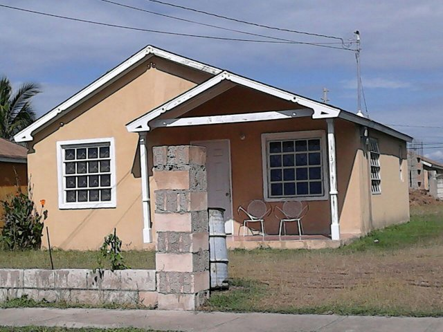 Magill palms model house