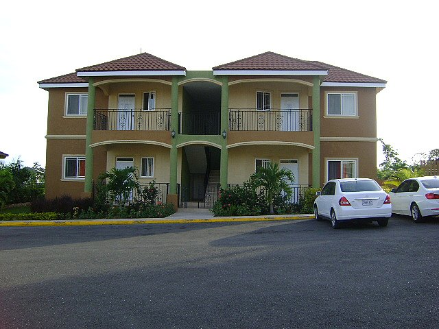 Apartment for sale in golden acres red hills kingston Jamaican house designs