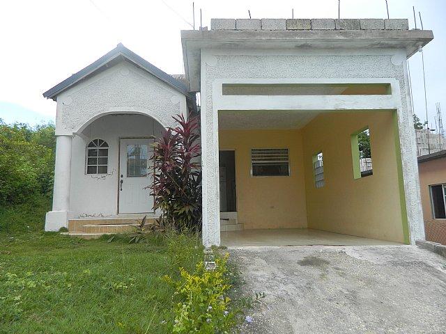 House For Sale In Longville Park Clarendon Clarendon