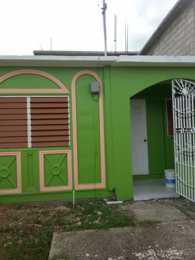 House For Rent In Portmore Pines St Catherine Jamaica Propertyadsja Com