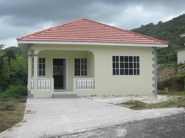 House for sale in retreat content st mary jamaica Jamaican house designs