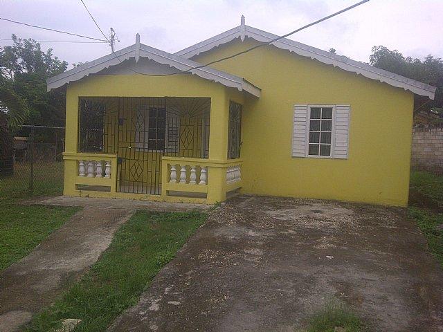 Peachy House For Sale In Bogue Village St James Jamaica Download Free Architecture Designs Intelgarnamadebymaigaardcom