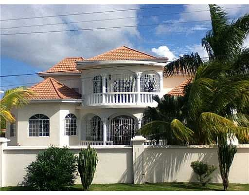 House For Sale In Retreat Heights Trelawny Jamaica