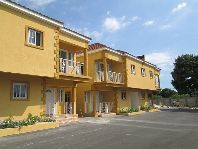 Apartment for sale in ziadie garden kingston st andrew for Cost of building a house in jamaica