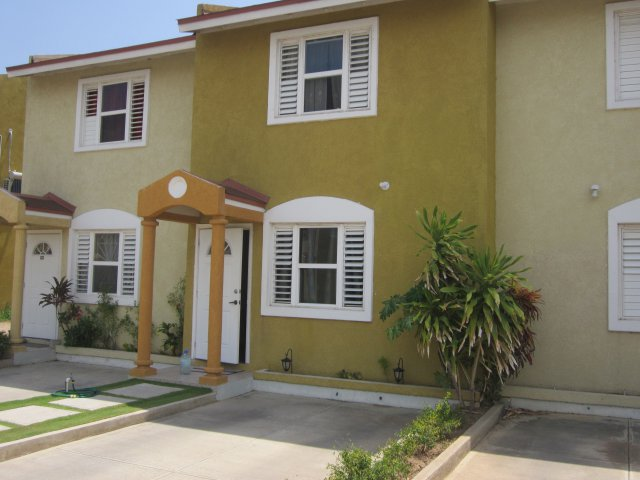 Estimate Lease Payment >> Townhouse For Lease/rental in Union Estates, St. Catherine ...