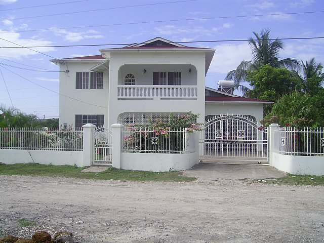 House For Sale In Hopefield Clarendon Jamaica