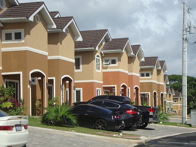 Townhouse For Sale In Barbican Kingston St Andrew Jamaica Propertyads Jamaica