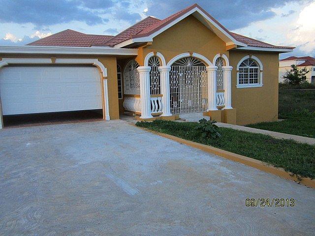 House For Lease Rental In Santa Cruz St Elizabeth