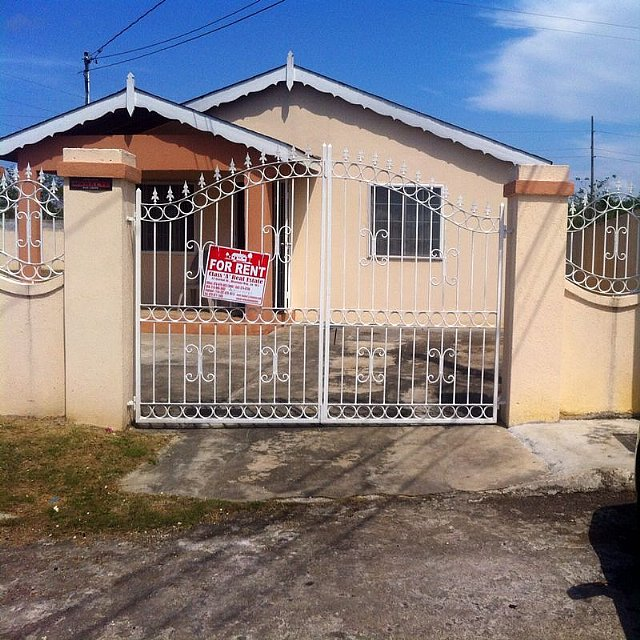House For Rent Ad: House For Rent In Bogue Village, St. James Jamaica