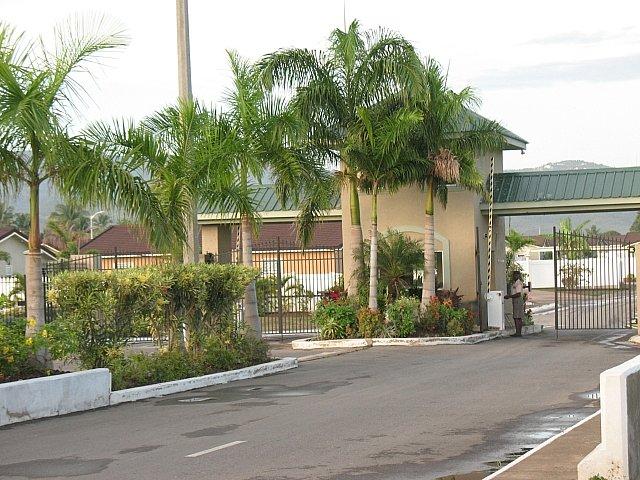 House For Sale In El Prado Verde St Catherine Jamaica
