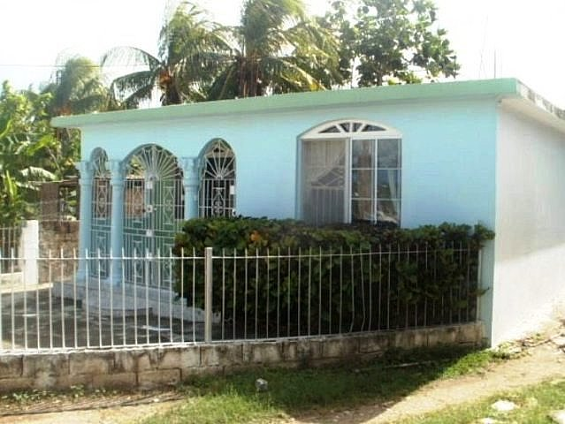 House For Sale In Off Church Pen Road St Catherine
