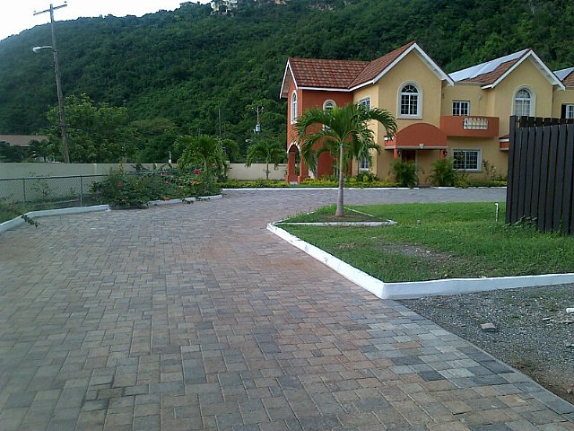 Apartment For Sale In Red Hills Kingston St Andrew