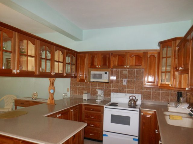 Townhouse for lease rental in mandeville manchester for Kitchen designs jamaica