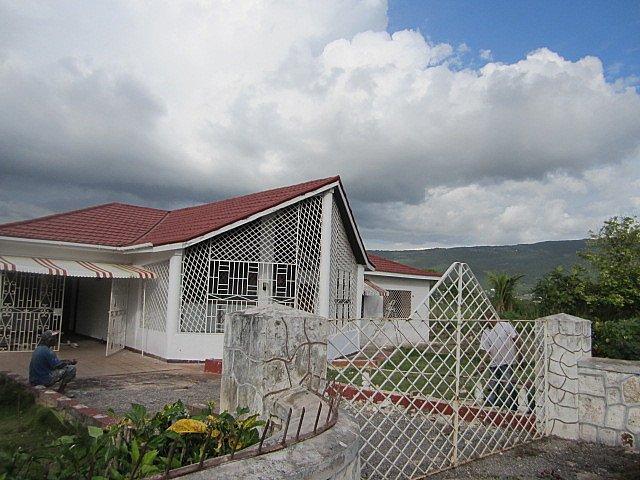 House For Sale in Junction, St. Elizabeth Jamaica ...