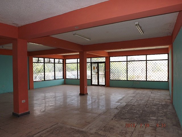 Commercial Building For Rent In May Pen Clarendon Jamaica