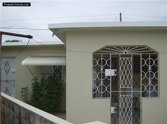 House For Sale In Portmore St Catherine Jamaica Propertyads Jamaica