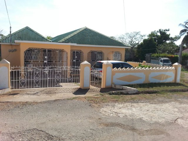 House for rent in green acres spanish town st catherine - 3 bedroom house for rent in kingston jamaica ...