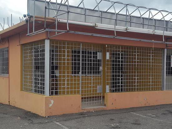 Commercial Building For Rent In Hagley Park Road