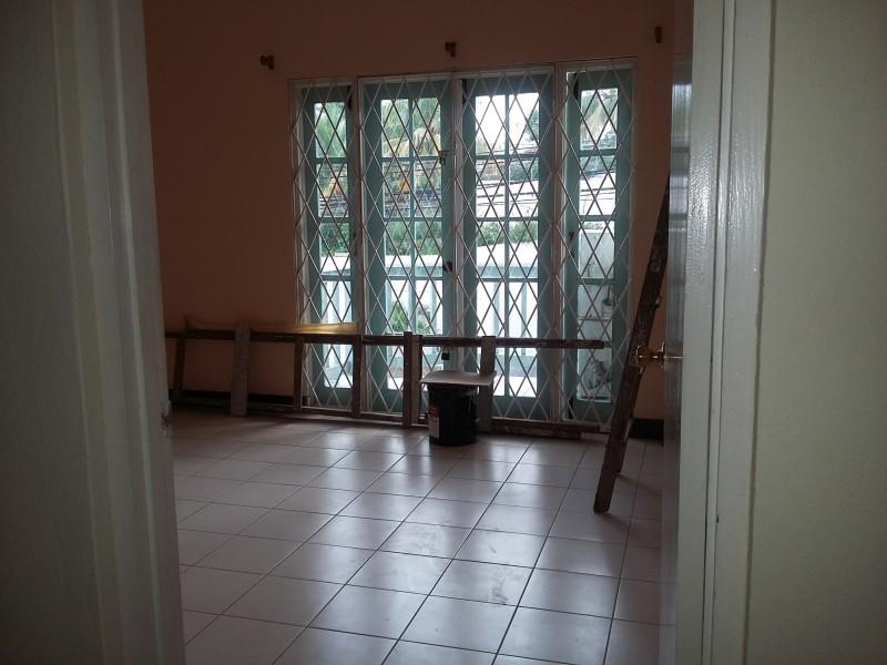 Apartment for rent in birdsuckergraham heights kingston - 3 bedroom house for rent in kingston jamaica ...