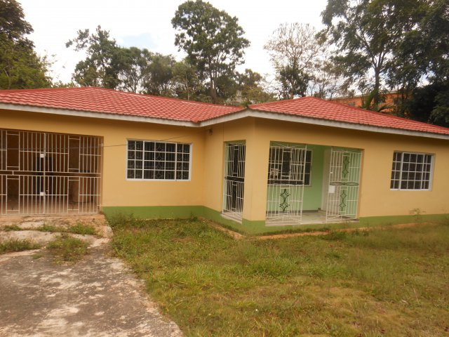 House For Lease Rental In Mandeville Manchester Jamaica