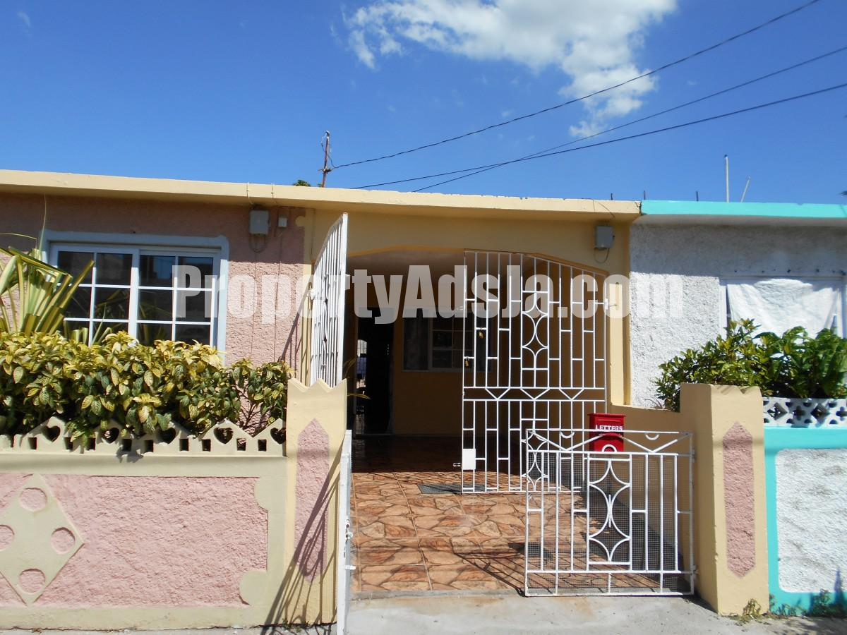 1 Bedroom House For Rent In Westchester Portmore Mangaziez