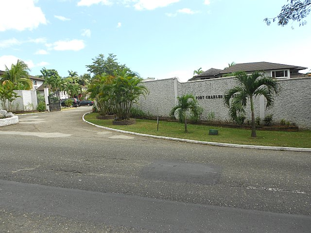 Estimate Lease Payment >> Apartment For Lease/rental in Long Lane Stony Hill ...