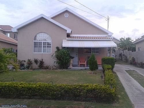 House for sale in portmore st catherine jamaica for What is an estate house