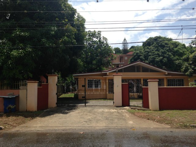 House For Sale In Havendale Kingston St Andrew Jamaica