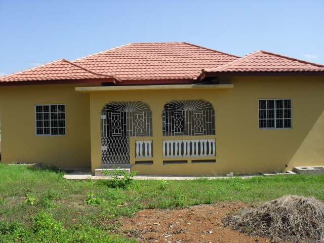 House For Sale in Santa Cruz, St. Elizabeth, Jamaica ...