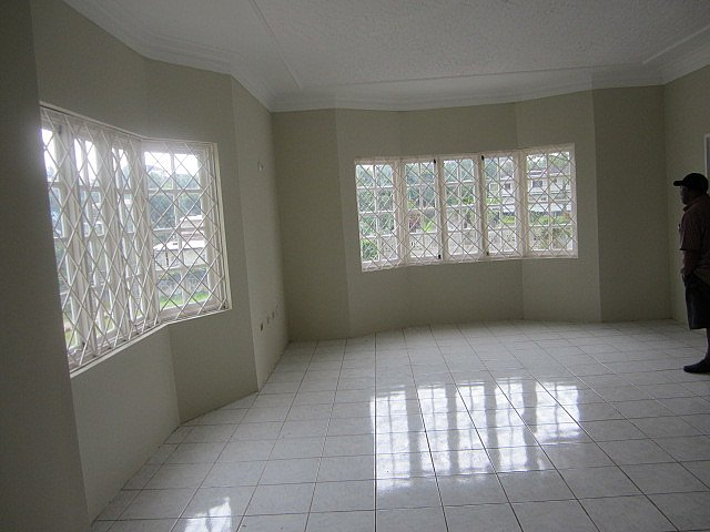 Three Bed Room House For Rent In Mandeville Jamaica