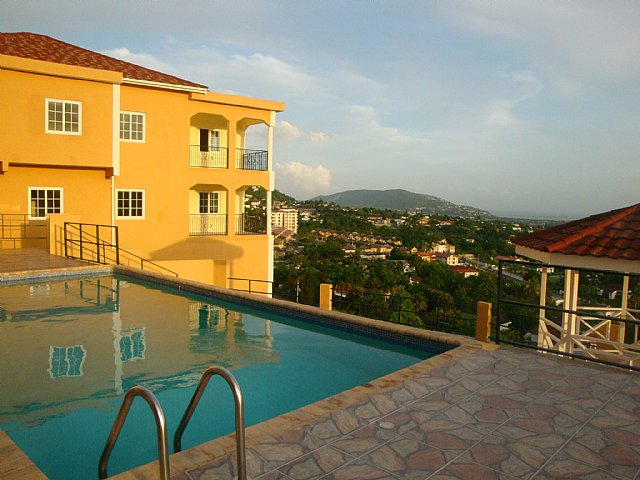 Apartment For Rent in Hill Road Norbrook, Kingston / St ...