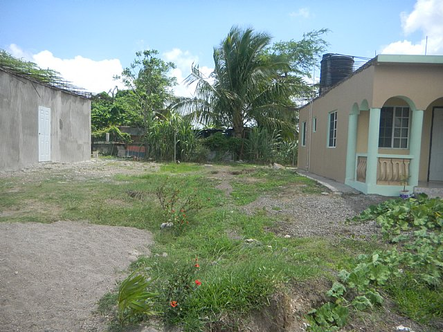 House For Sale in PALMETTO MEADOWS, Clarendon, Jamaica ...
