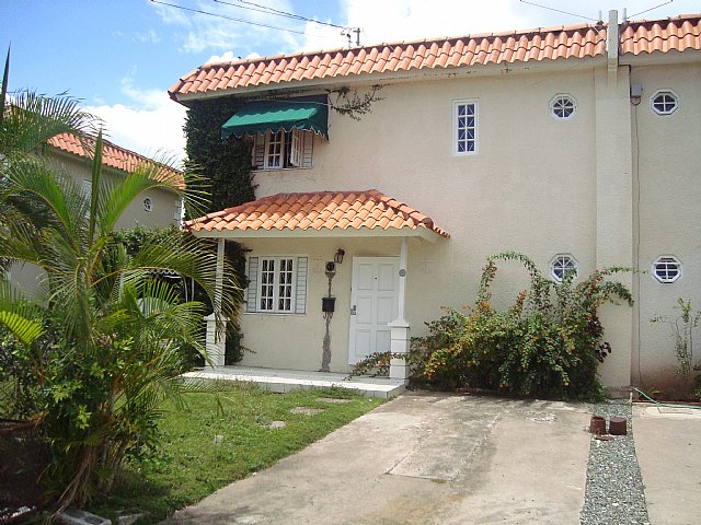 Townhouse for lease rental in hope pastures kingston st - 3 bedroom house for rent in kingston jamaica ...