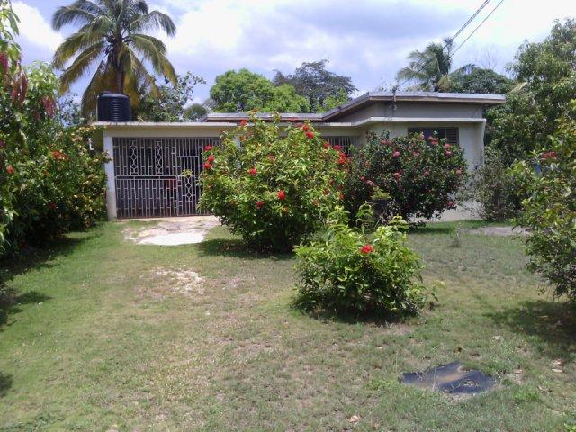 House For Sale in Denbigh, Clarendon Jamaica ...