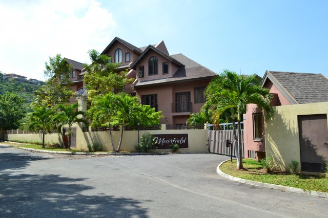 Apartment for sale in beverly hills kingston st andrew for Apartments for sale beverly hills