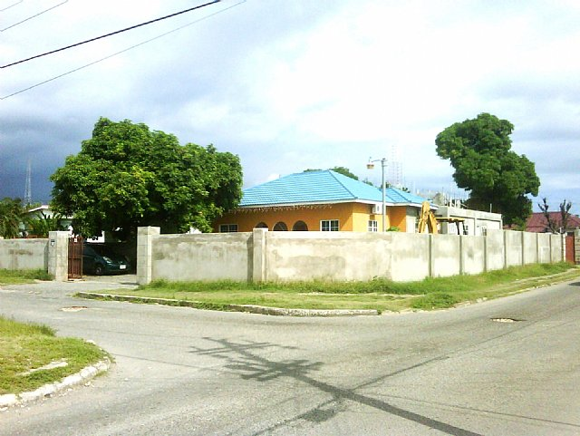 Commercial Building For Sale In Richmond Park Kingston