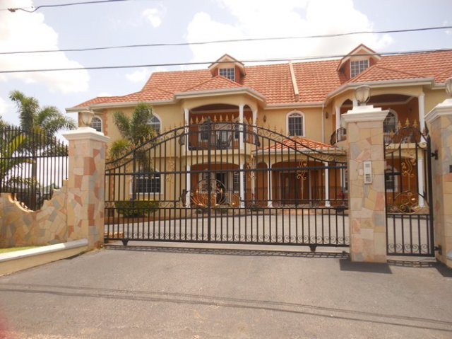 Apartment For Rent In Mandeville Manchester Jamaica