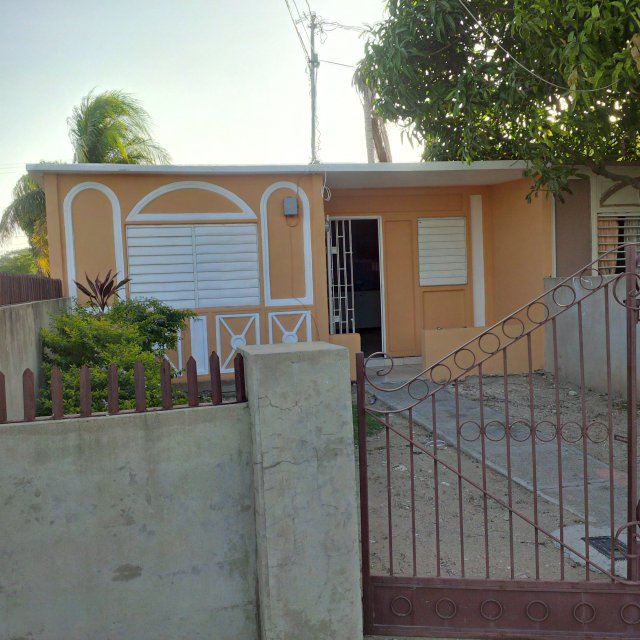 House For Rent Ad: House For Rent In Greater Portmore, St. Catherine Jamaica