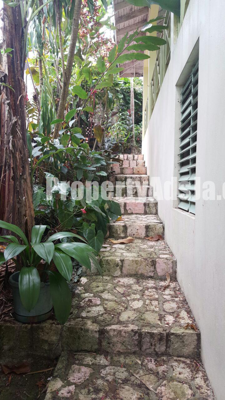 House For Sale in Airy Castle Stony Hill, Kingston / St