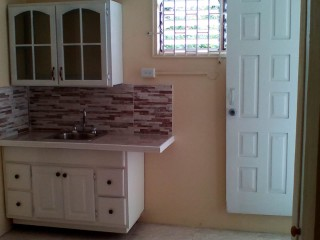 1 bed 1 bath Apartment For Rent in Mona, Kingston / St. Andrew, Jamaica