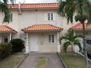 2 bed 2.5 bath Townhouse For Rent in Hope Pastures Kingston 6, Kingston / St. Andrew, Jamaica