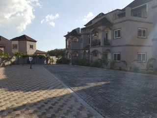 Royal Suites Belvedere Road, Kingston / St. Andrew, Jamaica - Townhouse for Sale