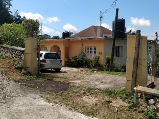 6 bed 4 bath House For Sale in Browns Town, St. Ann, Jamaica