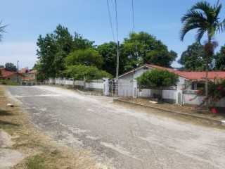 4 bed 3 bath House For Sale in Tower Isle, St. Mary, Jamaica