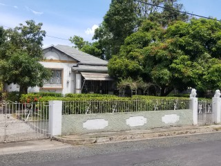 Ocean View, Kingston / St. Andrew, Jamaica - House for Sale